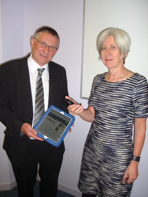 Councillor David O'Neill and Dr Jane Morgan launch Tellmescotland Apps