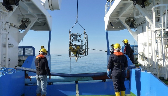 Launching the underwater television sledge from the stern of Scotia
