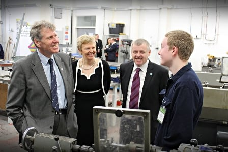 Kenny MacAskill meets teenagers at Cardonald College